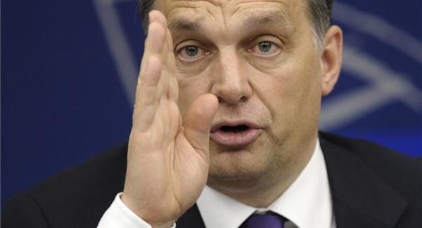 Továbbra is téma Orbán elmeállapota