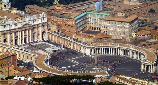 A Katolikus Egyház dicséri az új alaptörvényt