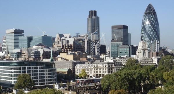 Riogatja a londoni konzulátus a magyarokat