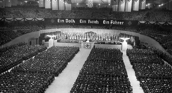 Hitlerrel érvelt a Hit Gyülekezete tagja