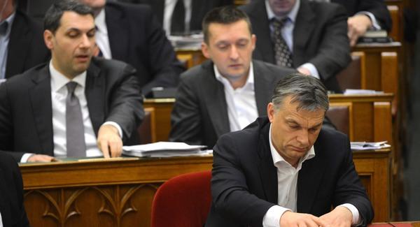 Német jogászt kért föl hazugságra Orbán kormánya