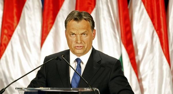 Elismerték Orbán dohányzás elleni harcát