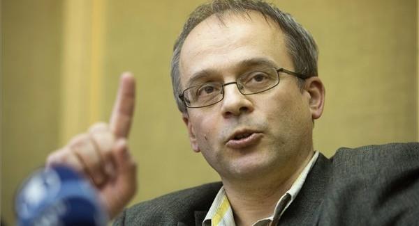Civil Kurázsi díj Horváth Andrásnak