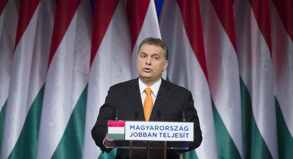 Mesterházy tévévitára hívja Orbánt