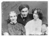Houdini anyjával és feleségével 1907-ben